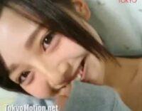 『オッパイないんだもん!』かなり可愛い謎の素人美少女18歳が自撮りでブラも外し必死でオッパイ寄せエロ配信!!![ライブチャット動画]