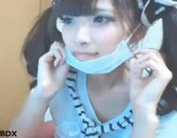 アイドル級の美少女がま●こクパァさせて激エロ無修正ライブチャットを配信!